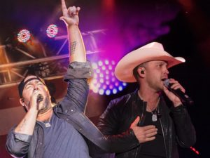 lee-brice-and-justin-moore-onstage-new-tour-announcement-2016-09-20